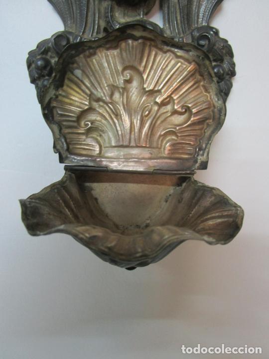 Antigüedades: Preciosa Benditera, Pila - Plata de Ley - con Angelitos - Talla en Espuma de Mar - S. XVIII - Foto 14 - 225249775
