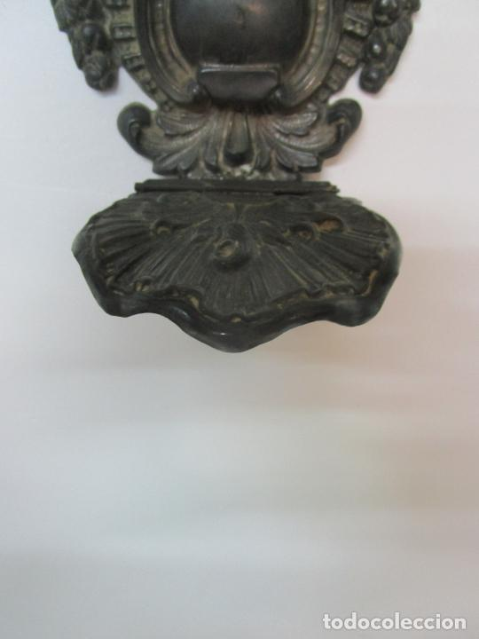 Antigüedades: Preciosa Benditera, Pila - Plata de Ley - con Angelitos - Talla en Espuma de Mar - S. XVIII - Foto 16 - 225249775