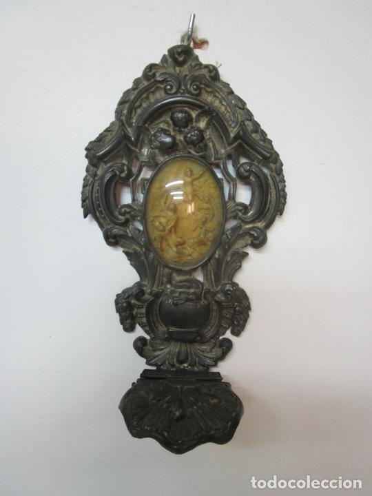 Antigüedades: Preciosa Benditera, Pila - Plata de Ley - con Angelitos - Talla en Espuma de Mar - S. XVIII - Foto 24 - 225249775