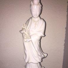 Antigüedades: FIGURA PORCELANA CHINA BLANCA. Lote 225254285