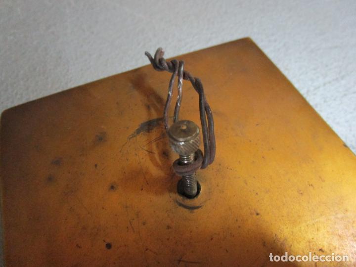 Antigüedades: Bonita Pila Benditera - Mármol - Cruz - Bronce Esmaltado - S. XIX - Foto 10 - 225310345