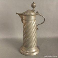 Antigüedades: JARRA ANTIGUA DE ESTAÑO. 1920 - 1930. Lote 225318800