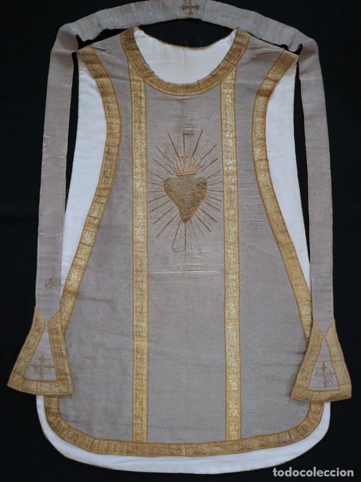 Antigüedades: Casulla acompañada de estola, confeccionadas en tisú de plata y bordados en oro. Hacia 1900. - Foto 23 - 225391355