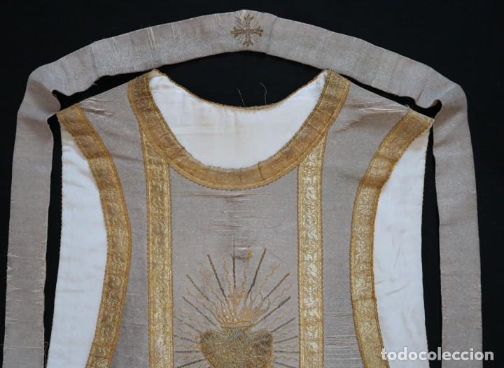 Antigüedades: Casulla acompañada de estola, confeccionadas en tisú de plata y bordados en oro. Hacia 1900. - Foto 24 - 225391355