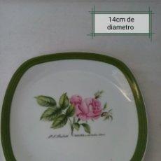 Antigüedades: BONITO PLATO DE PORCELANA ALEMANA CON FLORES PINTADAS A MANO MARCA (HUTSCHENREUTHER). Lote 225482910