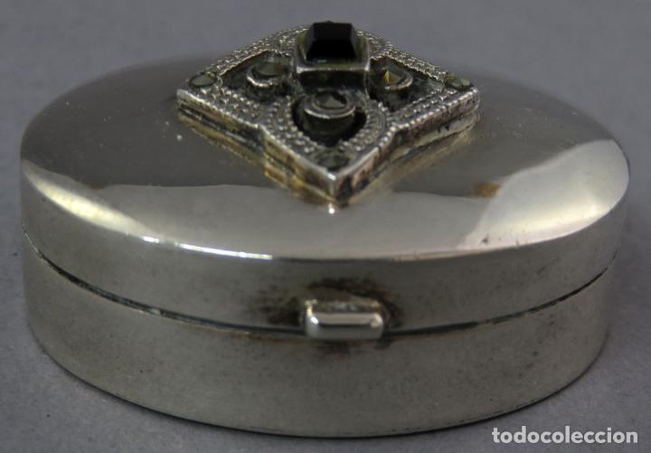 Antigüedades: Caja pastillero de plata decorado con aplicaciones de acero facetado siglo XX - Foto 2 - 225512260