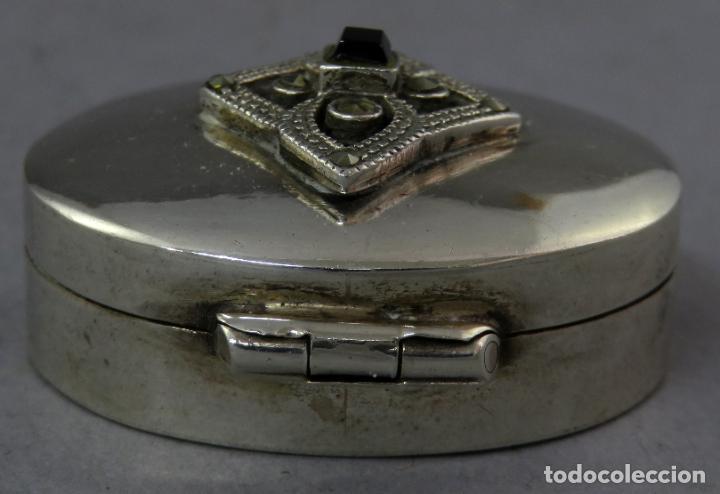Antigüedades: Caja pastillero de plata decorado con aplicaciones de acero facetado siglo XX - Foto 3 - 225512260