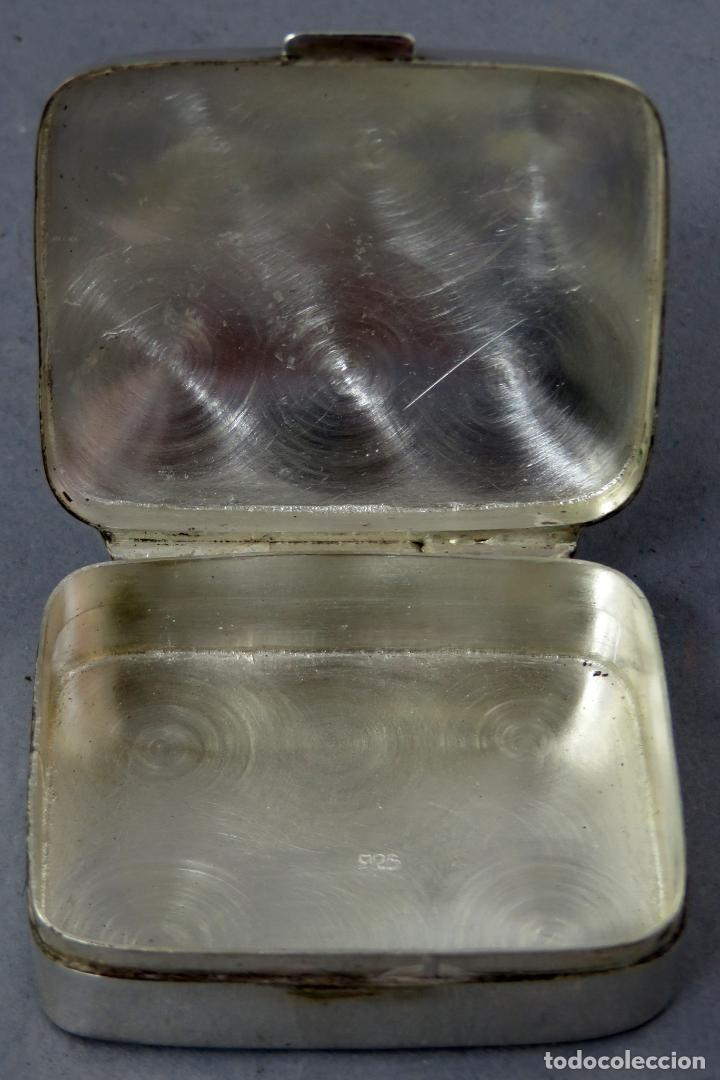 Antigüedades: Caja pastillero de plata decorado con aplicaciones de acero facetado siglo XX - Foto 3 - 225514405