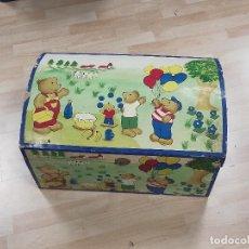 Antigüedades: BAUL EN MADERA INFANTIL. Lote 225560845