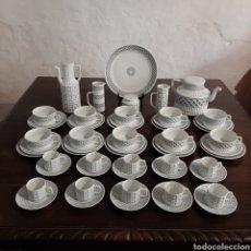 Antigüedades: JUEGO DE CAFÉ DE CASTRO DE 56 PIEZAS / 10 SERVICIOS / SARGADELOS. Lote 225581920