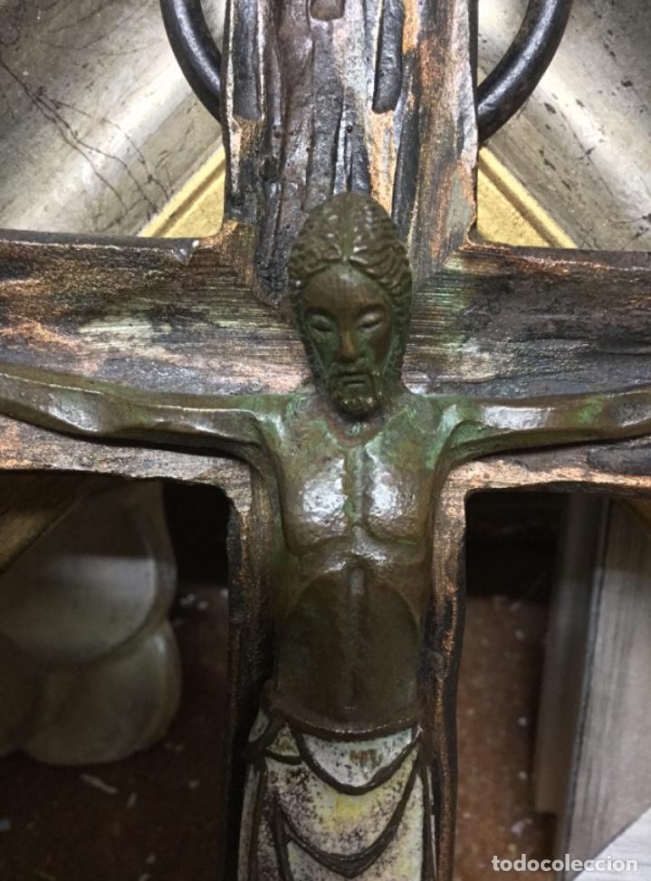 Antigüedades: Antiguo crucifijo cristo esmaltado de bronce - Foto 4 - 225623325