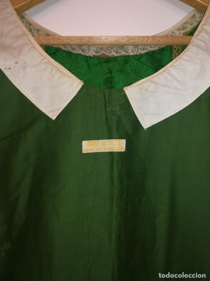 Antigüedades: Casulla damasquinada bordado JHS con etiqueta del fabricante - Foto 24 - 225765535