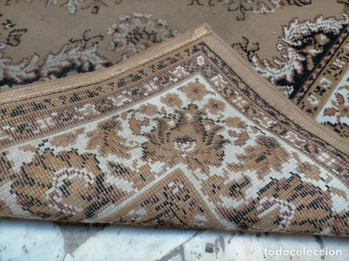 Antigüedades: GIGANTE ALFOMBRA SALON 261X190 CM IDEAL CULTOS COFRADIA SEMANA SANTA BESAMANOS VIRGEN - Foto 5 - 225768847