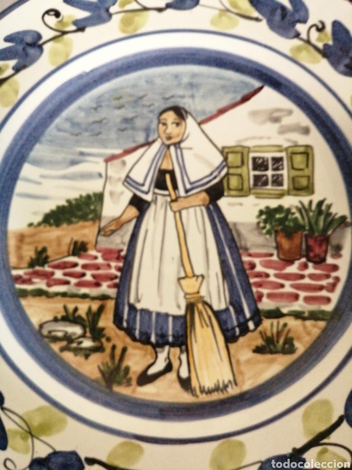 Antigüedades: Plato en porcelana para colgar - Foto 2 - 225775840