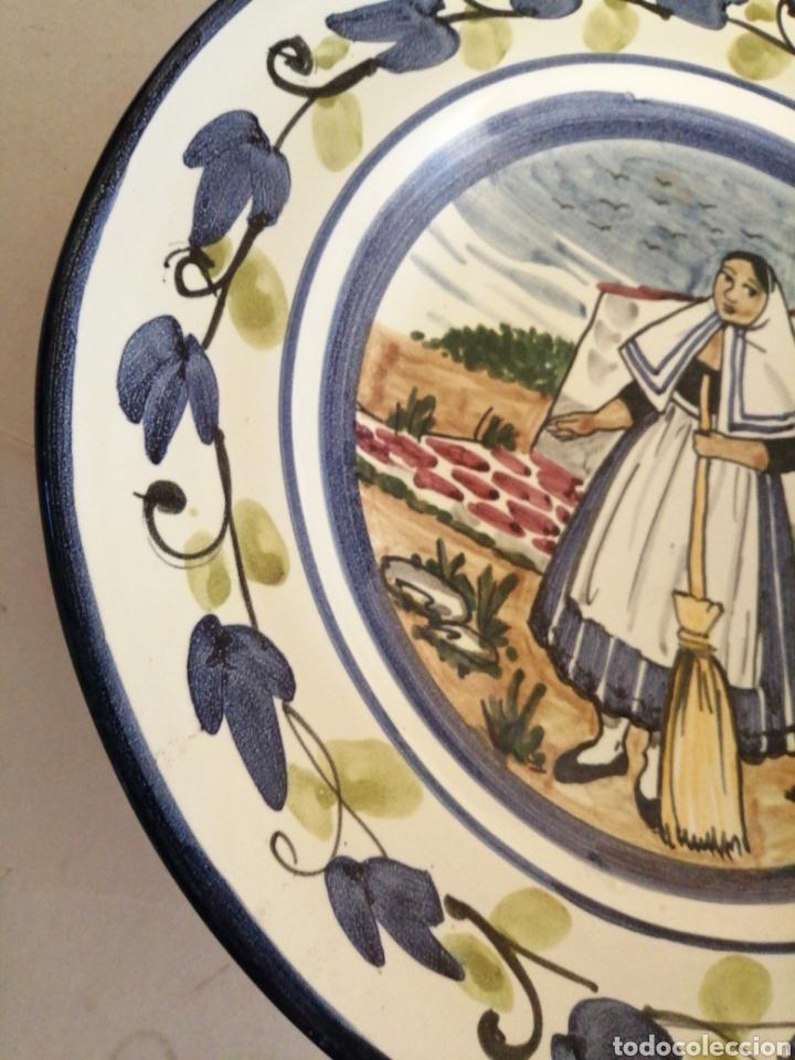 Antigüedades: Plato en porcelana para colgar - Foto 3 - 225775840