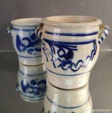 Antiquités: PAREJA DE VASIJAS PARA ENCURTIDOS EN CERAMICA DE GRES CON ESMALTE A LA SAL ALEMANIA S XIX. Lote 225829525