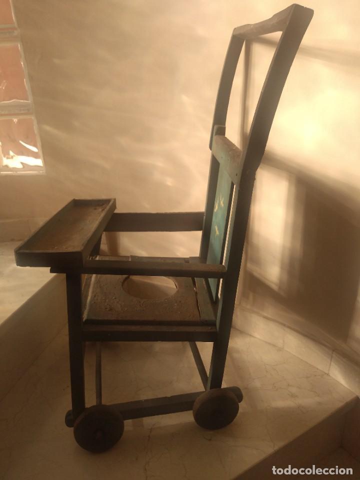 Antigüedades: Impresionante antigua silla carrito trona de entre 1800-1900 - Foto 4 - 225960835