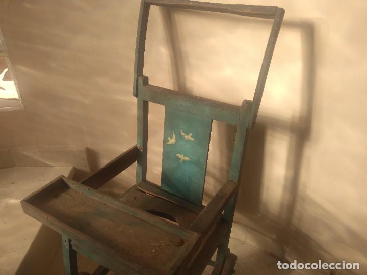 Antigüedades: Impresionante antigua silla carrito trona de entre 1800-1900 - Foto 5 - 225960835