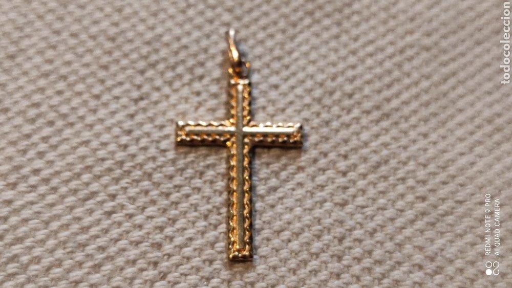 COLGANTE.CRUZ CHAPADA EN ORO DE 14K.MARCADA. (Antigüedades - Religiosas - Cruces Antiguas)