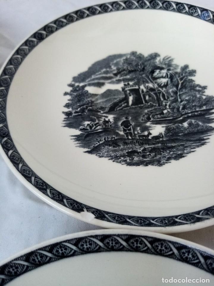 Antigüedades: Juego de 4 platos de porcelana de la marca ( Wedgwood) made in england - Foto 5 - 226004022