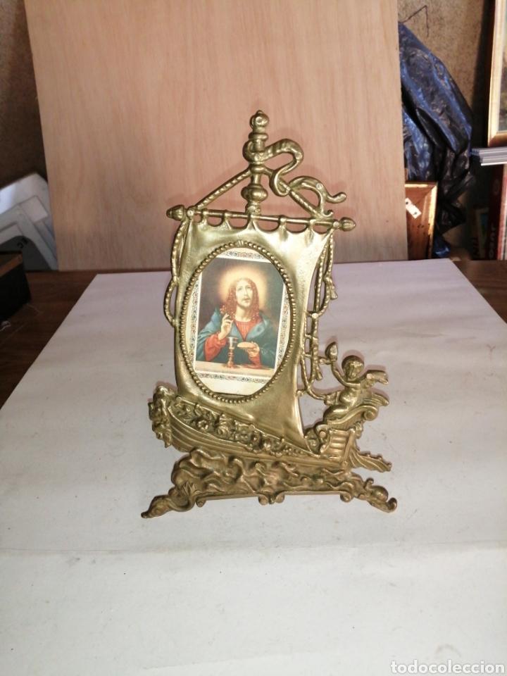 ANTIGUO PORTAFOTOS EN BRONCE (Antigüedades - Hogar y Decoración - Portafotos Antiguos)