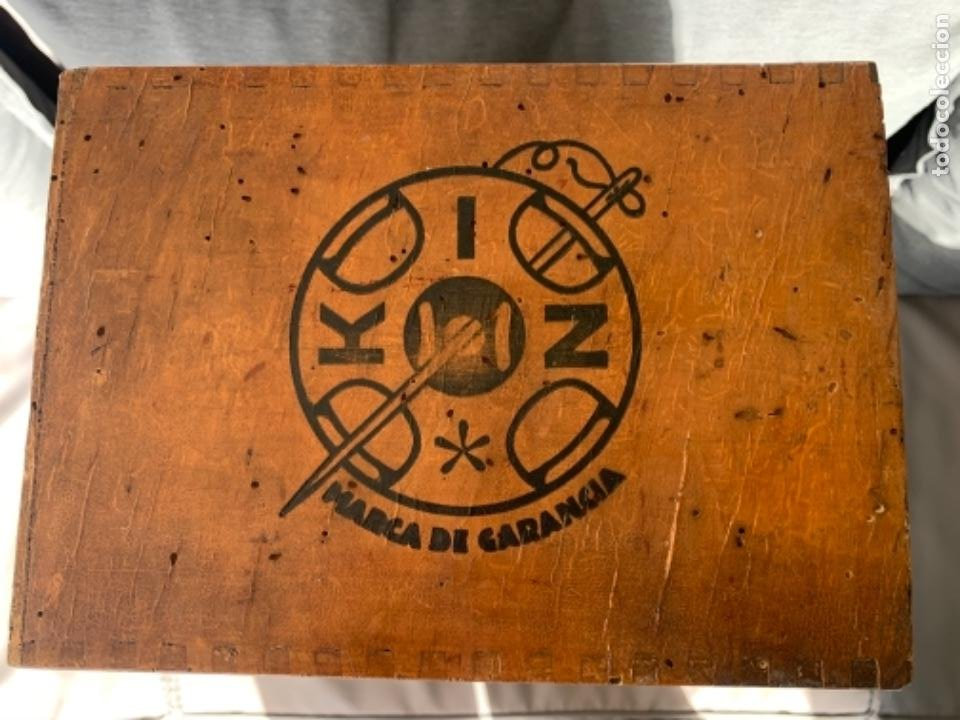 Antigüedades: WALDES KOH-I-NOOR MUEBLE EXPOSITOR BOTONES DE PRESION AÑOS 40-50 - Foto 11 - 226092570