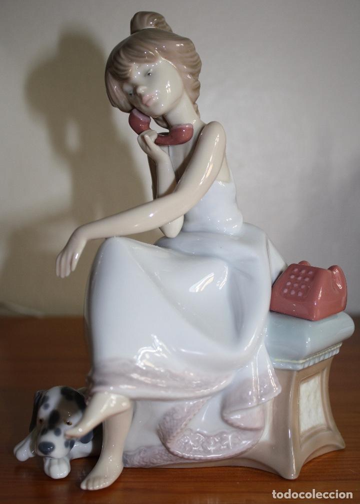Antigüedades: Porcelana Lladro de chica por teléfono - nueva en caja - Foto 3 - 226125178