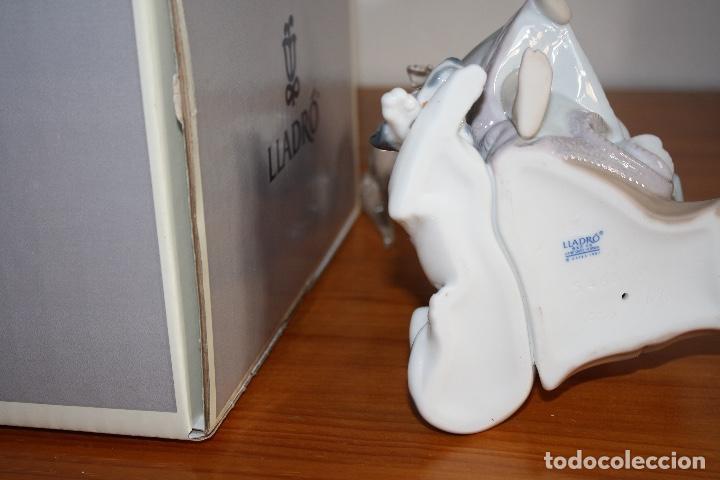 Antigüedades: Porcelana Lladro de chica por teléfono - nueva en caja - Foto 16 - 226125178