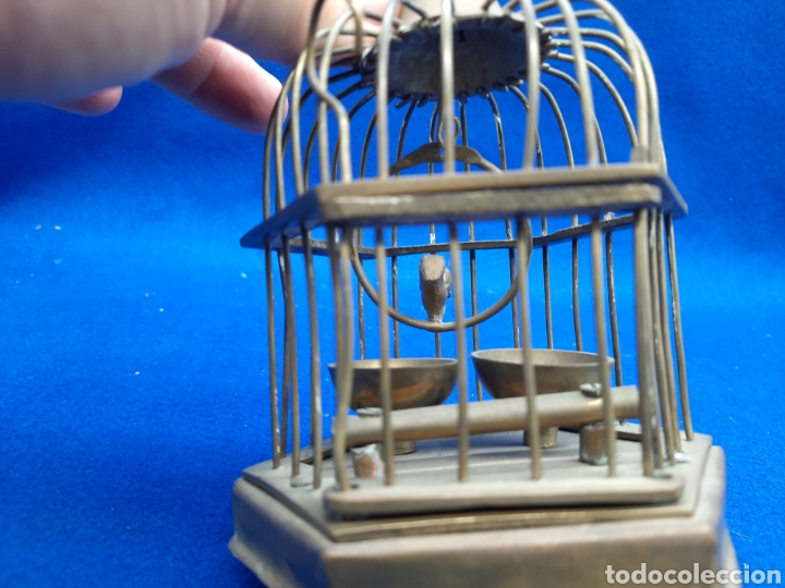 Antigüedades: Preciosa jaula de bronce con pájaro - Foto 6 - 226132315