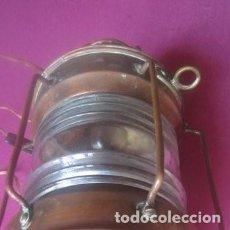 Antigüedades: FAROL DE BARCO DE METAL MARCA ANCHOR DE 35 X 17 CM. ANTIGUO.. Lote 226143282