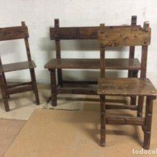 Antigüedades: BANCO Y 2 SILLAS ESTILO CASTELLANO. Lote 226217530