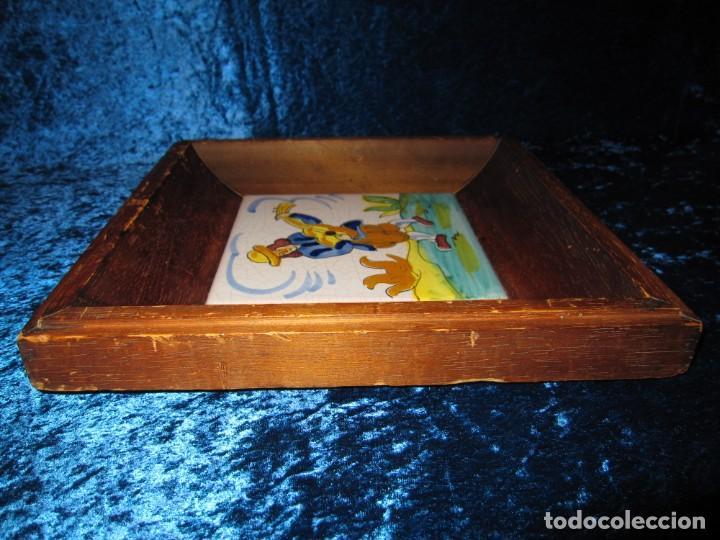 Antigüedades: Antiguo azulejo Trovador pintado artesano - Foto 11 - 226240455
