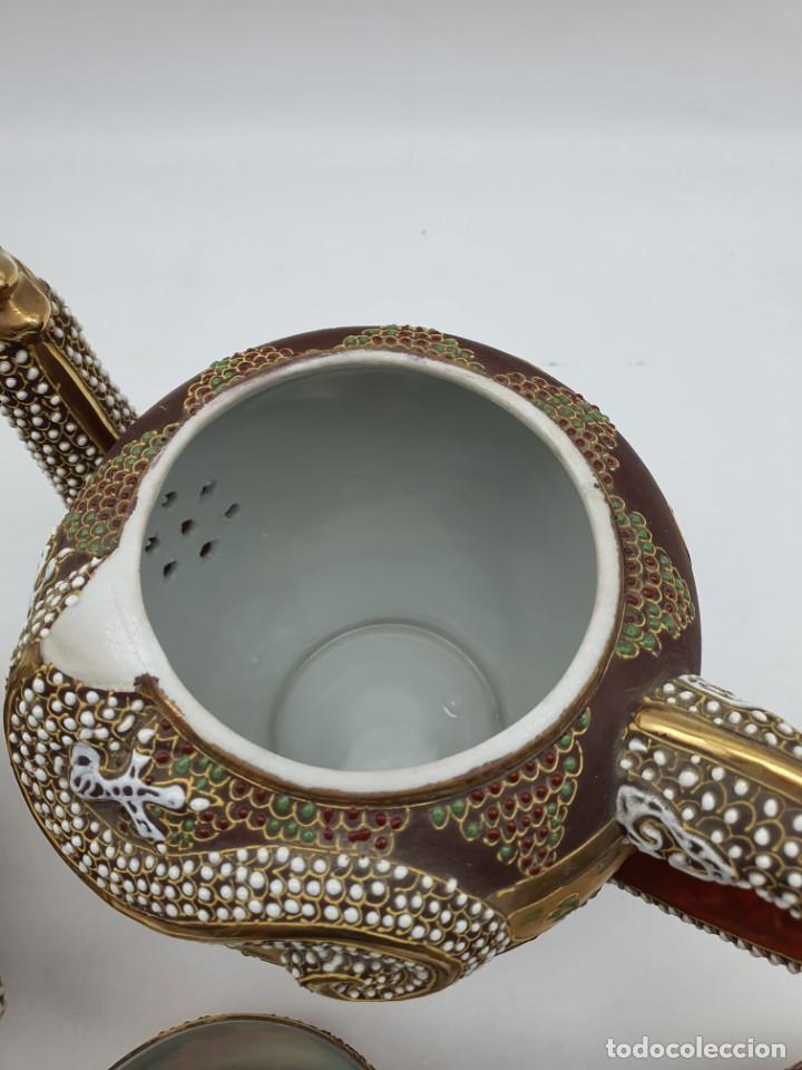 Antigüedades: ESPETACULAR PORCELANA JAPONESA ( 3 TETERAS, 5 TAZAS SIN PLATITO ) VER FOTOS - Foto 9 - 226292405