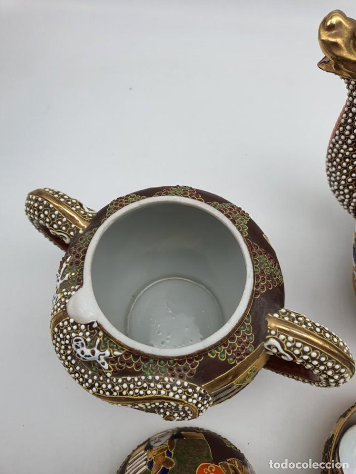 Antigüedades: ESPETACULAR PORCELANA JAPONESA ( 3 TETERAS, 5 TAZAS SIN PLATITO ) VER FOTOS - Foto 10 - 226292405