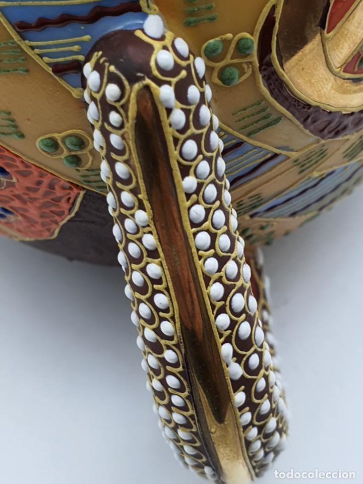 Antigüedades: ESPETACULAR PORCELANA JAPONESA ( 3 TETERAS, 5 TAZAS SIN PLATITO ) VER FOTOS - Foto 15 - 226292405
