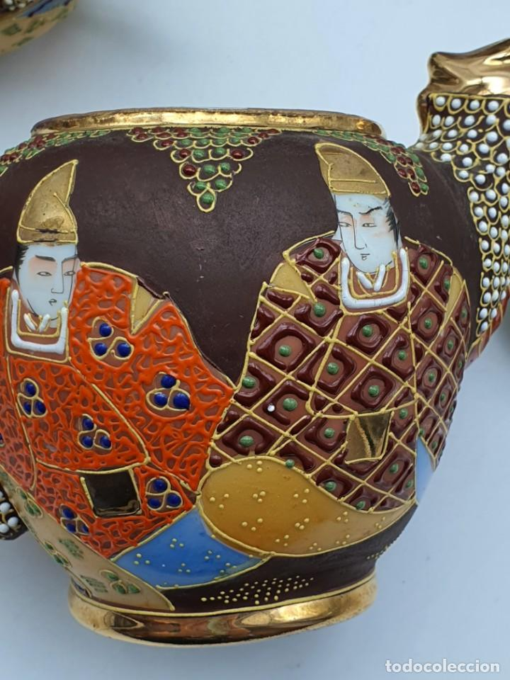 Antigüedades: ESPETACULAR PORCELANA JAPONESA ( 3 TETERAS, 5 TAZAS SIN PLATITO ) VER FOTOS - Foto 19 - 226292405