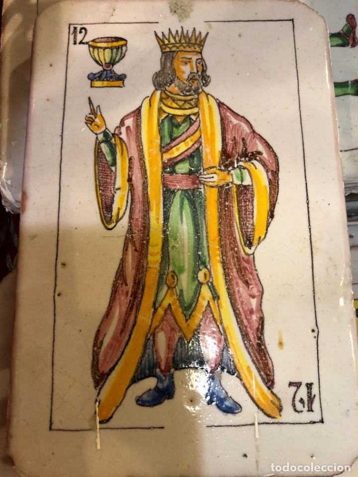 11 AZULEJOS EN FORMA DE NAIPE PINTADOS A MANO (Antigüedades - Porcelanas y Cerámicas - Azulejos)