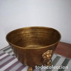 Antigüedades: MAGNÍFICO MACETERO DE BRONCE DORADO, DE FINALES DEL SXIX. Lote 226355760