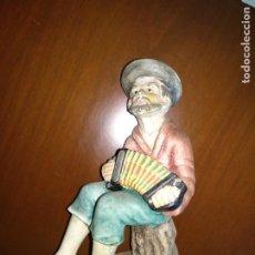 Antigüedades: FIGURA SEÑOR ACORDEÓN. Lote 226388365