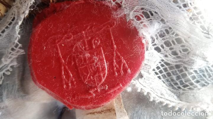 Antigüedades: RELICARIO - HUESO gran tamaño - SAN ISIDORO - LACRADO - EN PRECIOSA URNA - RELIQUIA - Foto 19 - 226454560