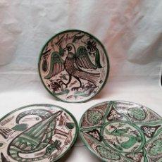 Antigüedades: LOTE DE TRES PLATOS DE LA FIRMA PUNTER. Lote 226470205