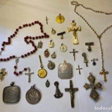 Antigüedades: LOTE 27 PIEZAS RELIGIOSAS TIPO MEDALLA, CRUCIFIJO, ROSARIOS... -OPORTUNIDAD PIEZA A 1€- (T1). Lote 226475010