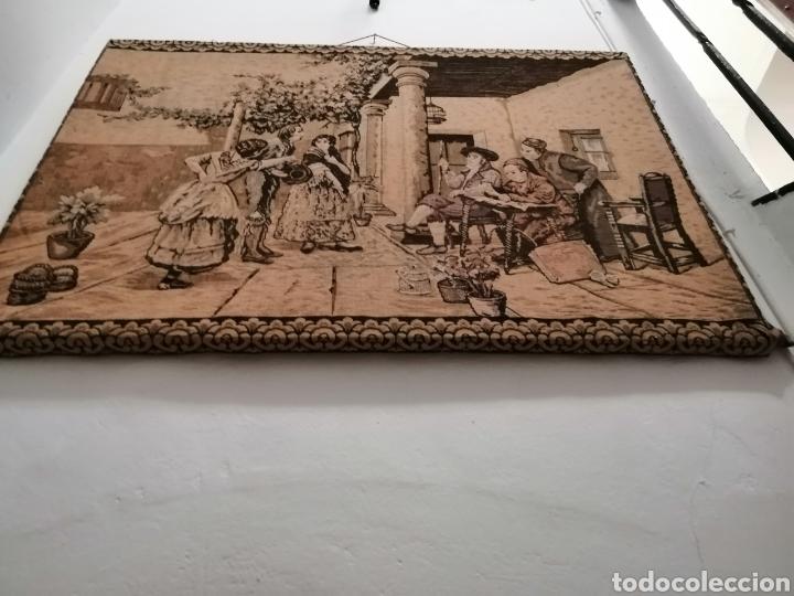 TAPIZ ESCENA DE LA ÉPOCA CON PREMARCO (Antigüedades - Hogar y Decoración - Tapices Antiguos)