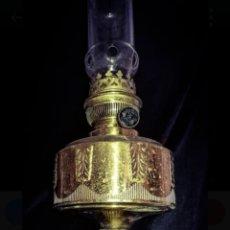 Antigüedades: HASAG, SOBERBIA LAMPARA QUINQUÉ ALEMAN (FABRICA NAZI).CINCELADO A MANO, 50 CM ALTURA.. Lote 226669295