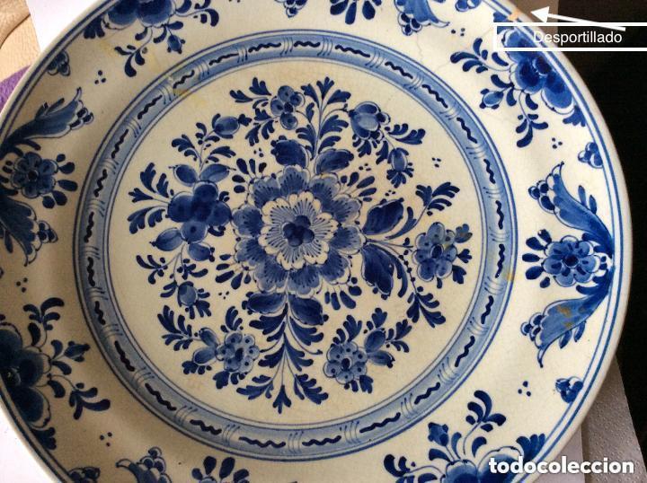 Antigüedades: Antiguo Plato de cerámica de Delft pintado a mano con marcas ,diámetro 22,5 cm - Foto 3 - 226760560