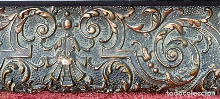 Antigüedades: PAREJA DE MARCOS EN MADERA TALLADA Y DORADA. ESTILO BARROCO. SIGLO XIX. - Foto 10 - 226767405