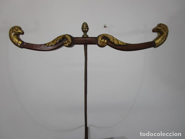 Antigüedades: Bonita Cuna Imperio - Madera de Caoba y Limoncillo - Talla de Madera - Principios S. XIX - Foto 28 - 226784440