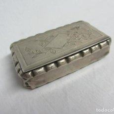 Antiquités: CAJA DE RAPÉ EN PLATA DE LEY DEL SIGLO XIX. Lote 226804810