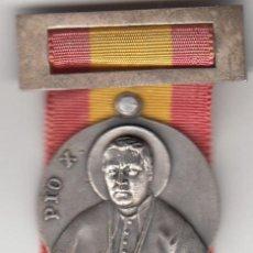 Antigüedades: MEDALLA PAPA PIO X: 1954 CANONIZACION / ADORACION NOCTURNA ESPAÑOLA - PLATA. Lote 226840335