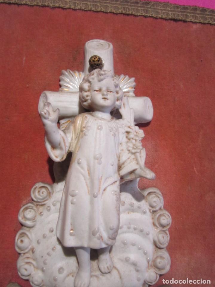 Antigüedades: BENDITERA DE PORCELANA BISCUIT MUY BONITA Y ANTIGUA - Foto 2 - 226866055